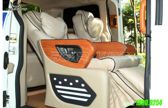 Độ ghế chỉnh điện cho xe Ford Tourneo Limousine Sport